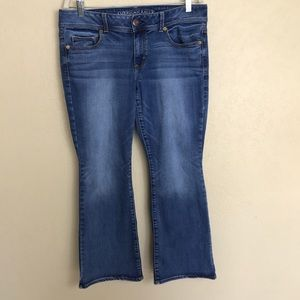 American Eagle Super Stretch Kick Boot Jeans 14S